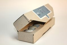 A More Sustainable Egg Carton That Uses The Bare Minimal Of Materials - DesignTAXI.com