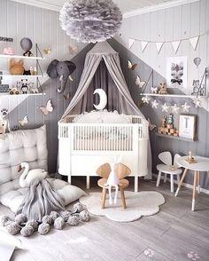 Dure et insensible la chambre enfant grise ? Au contraire ! Bien associée, cette teinte révèle un capital de séduction et esthétique des plus addictifs.