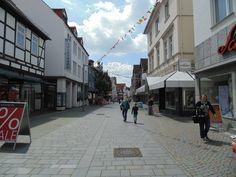 Pequena cidade de Bünde, onde fui recebido pela querida Isabelle e sua família. Cara, como eu gosto dessas cidadezinhas!!! #TBT #Bünde #2014