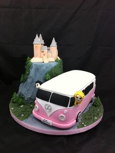 A camper van Cake, icing Castell Coch and the happy couple