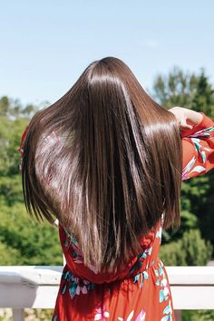 Healthy hair 303781937367495004 - How to Get Shiny Hair – The Best Healthy Hair Products and Tools — ckanani luxury travel & adventure Source by Natural Hair Care, Natural Hair Styles, Long Hair Styles, Shiney Hair, Shiny Hair Tips, Glossy Hair, Hair Care Oil, Perfect Hair Day, Healthy Hair Tips