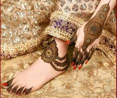 Latest Bridal Mehndi Designs for Hands and Feet