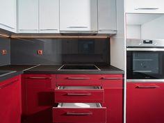 Ανακαίνιση σπιτιού στα Βριλήσσια   Home Done Kitchen Cabinets, Kitchen Appliances, Wall Oven, Home Decor, Diy Kitchen Appliances, Home Appliances, Decoration Home, Room Decor, Cabinets