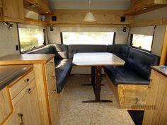Här bor vi under semestern. Trailer Interior, Camper Interior, Interior And Exterior, Vintage Caravans, Vintage Trailers, Retro Campers, Happy Campers, Caravan Renovation, Deck Stairs