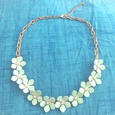 Forever 21 Aqua Flower Statement Necklace Light blue with gold chain and crystals in the middle of each flower. Make me an offer! Forever 21 Jewelry Necklaces
