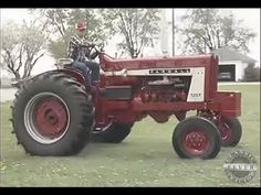 First Farmall 806 Diesel Off The Assembly Line International Harvester Classic Tractor Fever Tractors International Harvester International Harvester Tractors