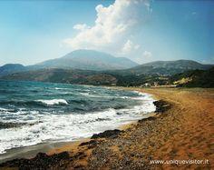 La #spiaggia di #Assos a #Cefalonia http://www.uniquevisitor.it/viaggi/cefalonia/cefalonia.php
