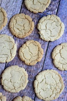 Recipe for Crunchy Nutmeg Sugar Cookies- a delicious holiday cookie recipe. sugar cookies coated in nutmeg-sugar. Delicious Cookie Recipes, Holiday Cookie Recipes, Holiday Baking, Baking Recipes, Dessert Recipes, Bar Recipes, Christmas Baking, Holiday Meals, Cookie Ideas