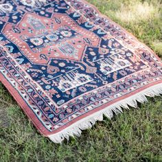 Navy and Mauve Rug l Vintage Rug l Bohemian Fringed Rug l Birch & Brass Vintage Rentals l Weddings and Corporate Events l Austin, Texas