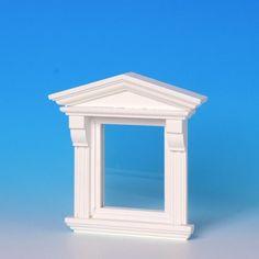 Viktorianisches Fenster, weiß, (50391) aus Naturholz mit echter Glasscheibe, separaten Sprossenleisten und Innenverkleidung, wie # 50390, jedoch weiß lackiert. Die Glasscheibe kann zum reinigen einfach aus dem Rahmen entfernt werden. Maße: 80 x 95 (BxH) mm Ausschnittmaße: 65 x 74 mm (BxH).