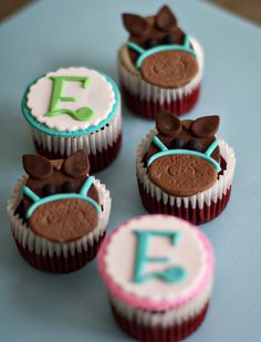Fondant Horses and Initial Monogram Toppers by parkersflourpatch, $20.00 these are adorable!