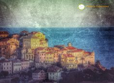 La Liguria racchiude tante opere d'arte… molte sono nei musei… ma ancor di più sono all'aria aperta!  Ecco un particolare del Parasio, il nucleo storico di Imperia Porto Maurizio.  http://wp.me/p49RbZ-2u