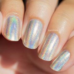 MEGA (L) is a new version of MEGA for the die-hard holo connoisseurs out there!  MEGA (L) is the most linear, pure holographic polish out there. The difference between MEGA and MEGA (L) is subtle but extremely significant to holo lovers everywhere! MEGA (L) is made up of much smaller