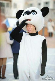 Park Yoochun aka Prince Lee Gak in Rooftop Prince