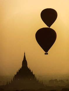 Photo Bagan sunrise 2  / Myanmar par Fabien  Chevallier  on 500px