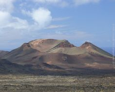Volcano, seen from Timanfaya national park, Lanzarote.  More pictures on www.vise.pictures  #volcano #Timanfaya #lanzarote #lovelanzarote #islascanarias #canaryislands #naturebeauty #landscapephotography #naturaleza_canarias #VisitLanzarote #ig_Canarias #igerscanarias #OK_Canarias #EstoesLanzarote #canariasespectacular #icanarias_beautiful #espacio_canario #total_canarias #rinconesdecanarias #loves_canarias #asi_es_canarias #ig_Lanzarote #estases_canarias #ig_canaryislands #instatravel…