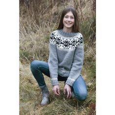 Mönsterstickad tröja - Gratis stickmönster - Svarta Fåret Sweatshirts, Sweaters, Fashion, Damask, Threading, Moda, La Mode, Pullover, Sweater