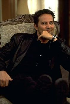 Matthew Perry! Love him from Chandler Bing to Ryan King! Amazing actor