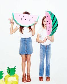 ✌️ (Image credit: Zara Kids / Paper Fruit by Moon Picnic x Mr P )  #moonpicnic #zarakids #zara #giantfruit #paperfruit #papercraft #kidsactivities #papersculpture #papermodel #giantpaperfruit #watermelon #pineapple
