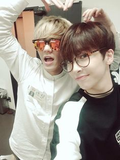 Hwanhee and Xiao Up10tion Hwanhee, Up10tion Wooshin, Rapper, Mens Sunglasses, Super Cute, Kpop, Double Dates, Twitter, Crossover