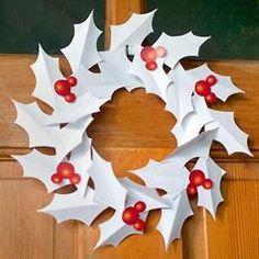Mickey Christmas Wreath {free printable}