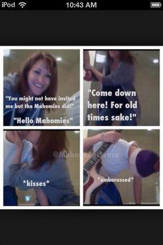 Mama Mahone and Austin Mahone!! Ya gotta love mama mahone!! <3