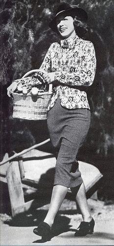 Eleanor Powell takes fashion for a walk | da Silverbluestar