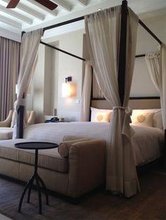 """Кровать с балдахином в интерьере, блог """"Твой Дизайнер"""" Canopy bed"""
