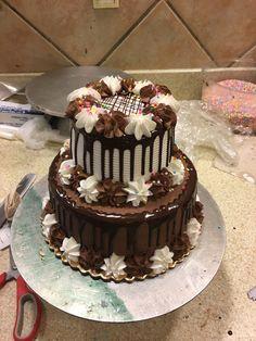 three ingredient mug cake Cake Decorating Designs, Easy Cake Decorating, Birthday Cake Decorating, Cool Birthday Cakes, Chocolate Cake Designs, Chocolate Sweets, Cake Cookies, Cupcake Cakes, Drip Cakes