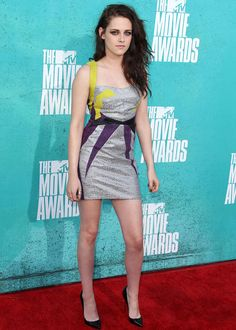 2012 MTV Movie Awards: Kristen Stewart in GUiSHEM / 2012 MTV Movie Awards : Kristen Stewart en GUiSHEM also mentioned as being worn by Isabella in Close up and Personal by SJ Taylor <3