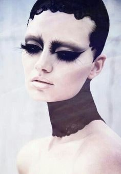 This Swan Lake inspired make up gives a somber, melancholy feel. the bold eyes and pale face contrast well whilst the eyelashes, being extensively long make the downhearted feeling even more pronounced. Makeup Inspo, Makeup Art, Makeup Inspiration, Beauty Makeup, Eye Makeup, Ghost Makeup, Looks Halloween, Halloween Face Makeup, Studio Hair