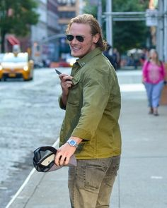 Sam Heughan Photos Photos - Actor Sam Heughan is seen out and about in New York City, New York on July 20, 2016. - Sam Heughan Is Seen Out and About in New York City