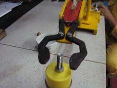 Como Hacer un brazo hidraulico, robot casero, home robot, hydraulic arm