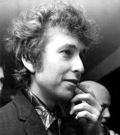 blood on the tracks | elston-gunnn:    Bob Dylan, 1965. Photo by Dezo...