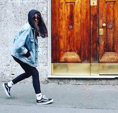 Denim jacket, skinny & Oldskool Vans