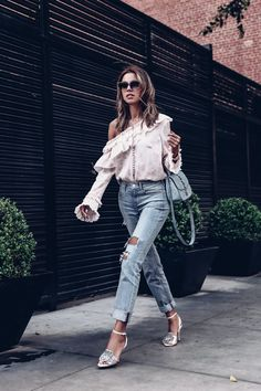 The VivaLuxury | Romantic Ruffles