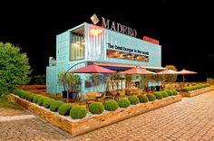 A cidade de Itapema foi escolhida para receber o primeiro Madero Container de Santa Catarina, localizado no Posto Brava Itapema, na BR 10...