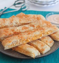 Last Minute Party Foods - Cheesy Chicken Taco Breadstick Dippers - Easy Appetizers, Simple Snacks, Ideas for of July Parties, Cookouts and BBQ With Friends. Quick and Cheap Food Ideas for a Crowd Chicken Tacos, Cheesy Chicken, Chicken Dippers, Grilled Chicken, Chicken Ham, Cooked Chicken, Appetizer Recipes, Dinner Recipes, Yummy Recipes