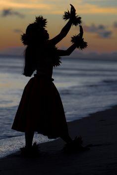 Hula silhouette