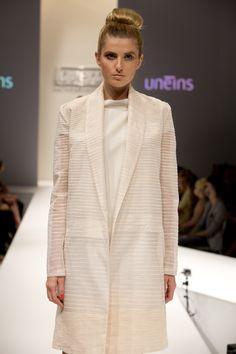 UNEINS SS15 runway, Berlin Fashion Week Berlin Fashion, Ss 15, Runway, Feminine, Spring Summer, Blazer, Girls, Sweaters, Jackets