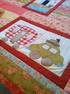 Cute camper quilt block  |  http://blogdeelsi.blogspot.com.es/2012/02/colcha-de-la-familia-terminada.html