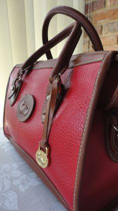 9ddc848b969 504 Best // viNtagE // images | Purses, Purses, handbags, Beige tote ...