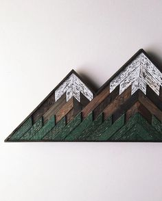 This winsome reclaimed wood wall-hanging by @madewithbearhands now in-store & available for purchase!