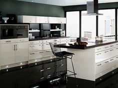 Gorgeous Two Tone Modern Kitchen Design With White And Grey Kitchens Cabinetry Set As Well As Wide Glass Windows Also Large Kitchen Island Storage Ideas Modern Grey Kitchen, Gray And White Kitchen, White Kitchen Decor, Contemporary Kitchen Design, Grey Kitchens, Interior Design Kitchen, Interior Paint, Kitchen Black, Copper Kitchen