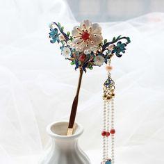 Nylon Flowers, Flowers In Hair, Flower Hair, Copper Hair, Red Agate, Hair Sticks, Stick Photo, Natural Red, Pearl Hair