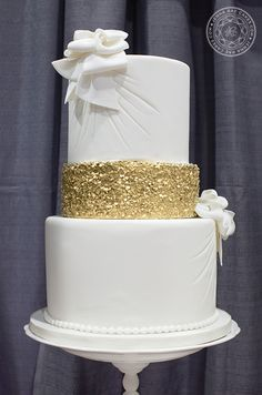 Fabulous #Wedding Cake Inspiration with Enchanting Designs! http://www.modwedding.com/2014/03/08/wedding-cake-gallery-with-enchanting-designs/ #wedding #weddings #cake #reception