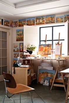 40 Artistic Home Studio Designs. Here To Inspire You. Great idea to build a ledge around the top of the ceiling to put small works