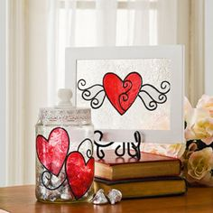 Simple yet magical and unique valentines day gifts diy craft ideas for crafting your valentines day gift and also for touching up a already bought gift Unique Valentines Day Gifts, Valentine Day Love, Valentine Day Crafts, Valentine Decorations, Valentine Ideas, Holiday Crafts, Holiday Fun, Do It Yourself Design, Glass Painting Designs