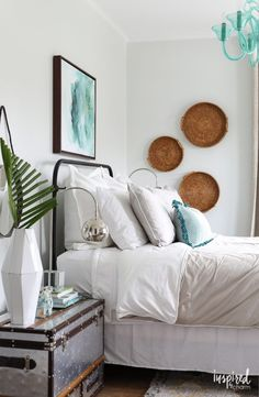 Tips, Tricks, and Ideas for Updating Your Guest Bedroom Decor | Inspired by Charm // beachy bedroom decor