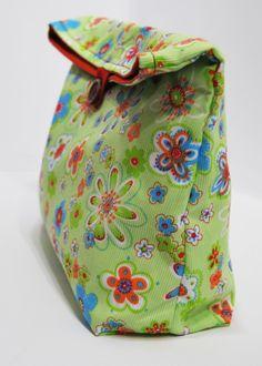 Bolsa merienda reutilizable pistacho / El rincón de la pulga - Artesanio Little Ones, Sewing Crafts, Backpacks, My Style, Bags, Fashion, Tejido, Log Projects, Lunch Bags